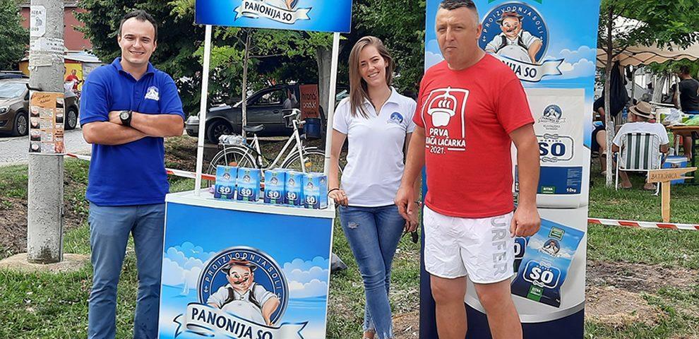 Panonija so na Prvoj varjači Laćarka: Zasolili smo na nezvaničnom svetskom prvenstvu u kuvanju gulaša!